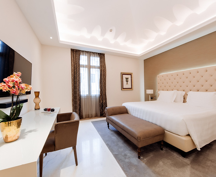 king prestige room